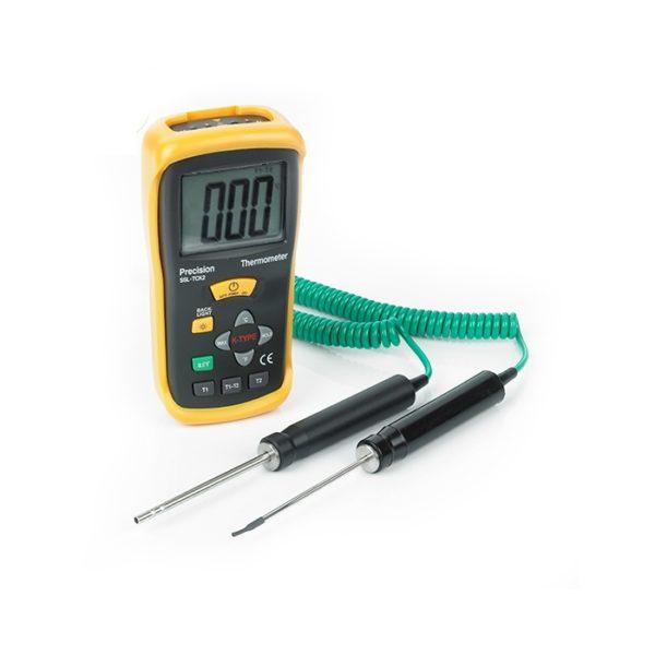 Dual Input Hand Held Digital Thermometer Kit 1